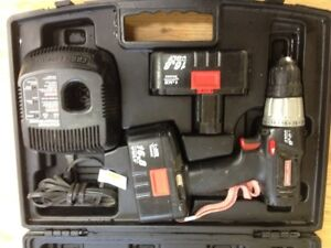 16.8V Craftsman Cordlesss Drill  w.2 Batteries & Charger