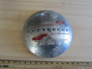 VINTAGE CHEVOLET HUB CAP Peterborough Peterborough Area image 1