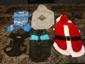 ***FOR SALE*** Assorted clothing & harness for dog 15-25lbs
