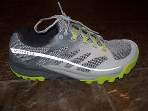 Men's Merrell Running Shoes, Size 9.5