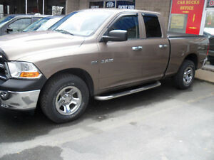 2010 DODGE RAM 1500 -QUAD CAB 4 X 4 -HEMI -WARRANTY
