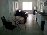 176KiNG-3SEC WLK CAMPUS+AMAZING PRICE+AAA LOCATION=GREAT DEAL!!!