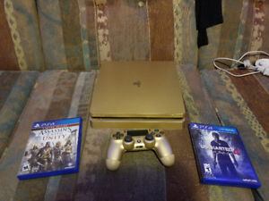Barely used 1 TB Sony PS4 Slim