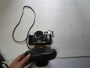 Lot # : 175 - Camera vtg CANON