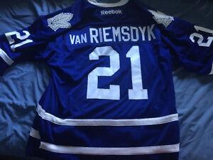 Toronto Maple Leafs Jersey (vanRiemsdyk)