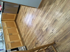 Hickory Laminate 12mm - 57 sq ft
