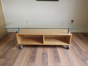 Glass Top Coffee Table on Casters Cornwall Ontario image 2