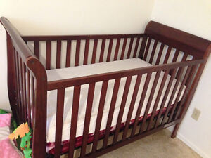 Almost new Delta crib (matress and waterproof cover are availble