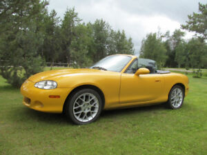 2002 Special Edition Blazing Yellow MX-5 Mazda Miata Convertible