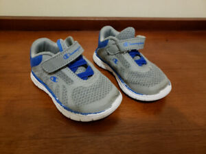 Boys Running Shoes Size 6