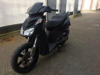2012 Aprilia Sport city cube 125cc learner legal scooter. With MOT.