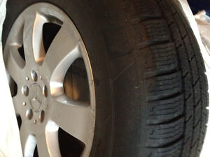 FOUR Winter tires on rims Michelin 235/65 R17 104 Kitchener / Waterloo Kitchener Area image 2