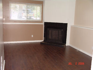 AVAILABLE: JUNE 30 3BDRM-RENOVATED AVAILABLE JUNE 30