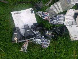 3 × Thule bike racks and car mounts with keys