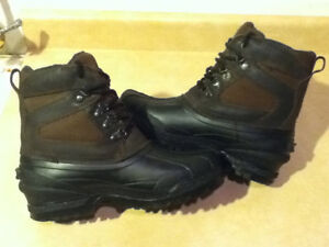 Men's Altra Outdoors Winter Boots Size 8 London Ontario image 6