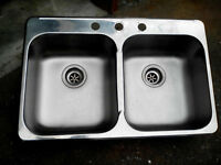 Sink KINDRED 30'' 50/50 stainless still $50 OBO