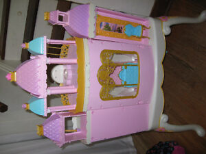 BARBIE PRINCESS PLAY DRESSER AND BARBIE BED WITH MELODY Cambridge Kitchener Area image 4