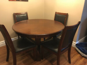 Table and chairs set - Excellent condition------ For Sale