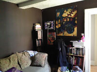 Nov 1st Charlotte St 1 bedroom. Parking!