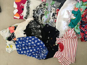 Huge lot of girl 0 to 6 months spring/summer clothing