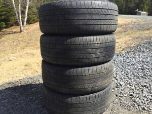 Four Michelin P235/55R18 Summer Tires