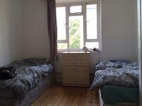 ~~twin room~~