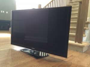 "SAMSUNG 55"" LCD TV - 610 Series"