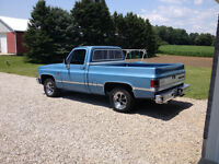 Absolute mint!! 1983 Chevy short box for sale!!