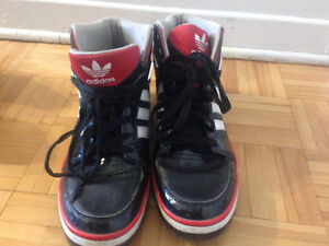 Chaussure Converse Adidas Tommy West Island Greater Montréal image 4