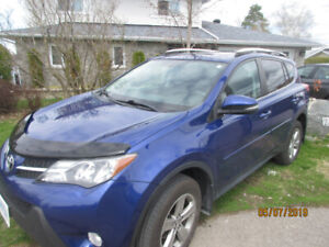 2015 RAV4 TOYOTA XLE,FWD,Low Miles,Best Deal Before July 22nd