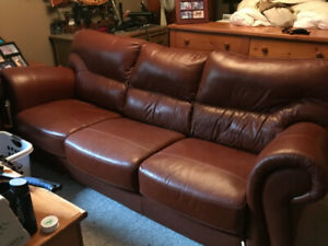 Leather sofa and love seat ! Excellent condition!