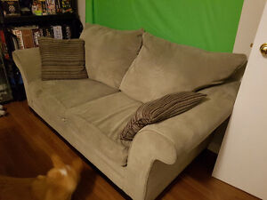 Love seat for sale need gone ASAP smoke free