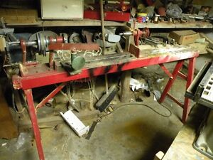 Wood lathe on stand