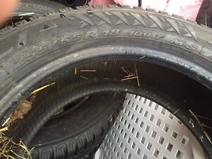 Perilli winter carver 255/55/R18 snow tires (no rims)