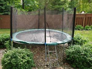 12ft Round Trampoline