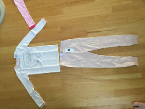 2PAIRS BNWT GAP PJs PERFECT FOR CHRISTMAS STOCKING SIZE4T Reg25$