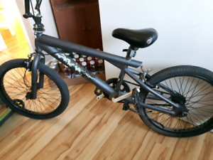 boys bike BMX* *$ 60
