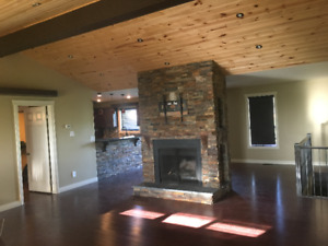 4600 sq. ft Home on 65 Acre Ranch. Shared Acc