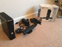 Xbox 360 slim 250gb with two controllers and Kinect