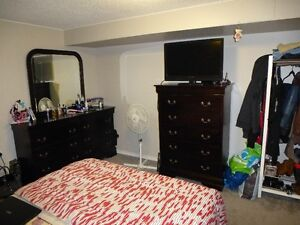 Executive 2 Bedroom Furnished Suite With All The Extras Regina Regina Area image 6