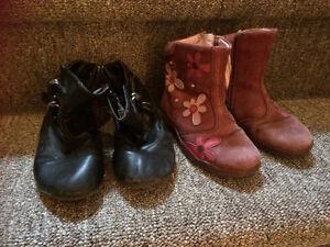 Toddler boots size 8 Belleville Belleville Area image 1