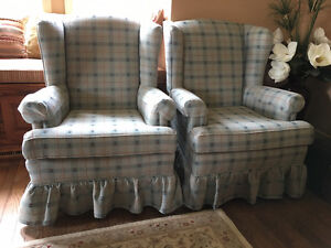 2 FAUTEUILS / 2 WING CHAIRS