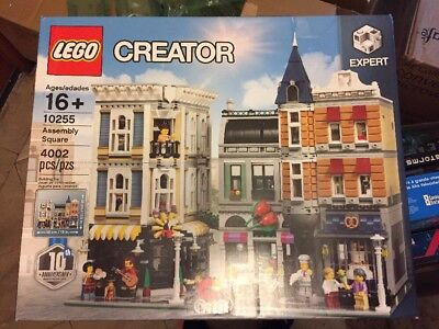 LEGO Assembly Square 10255 CREATOR Expert Modular Building Set NEW