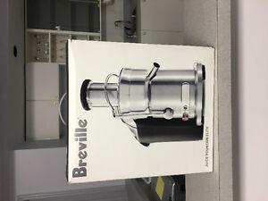 Breville Juicer - 800JEXL/B