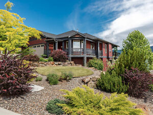 NEW LISTING | Beautiful Home - Shoreline