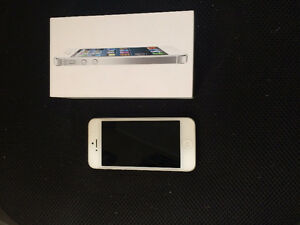 white iphone 5-16G ( ROGER )
