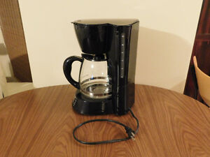 Black & Decker Coffee Machine- 12 Cups Kitchener / Waterloo Kitchener Area image 3