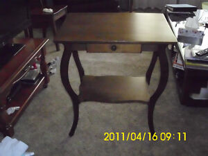 TABLE WITH DRAW $40.00