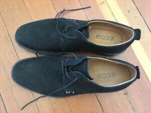 Men's Ecco Shoes (Size 12)