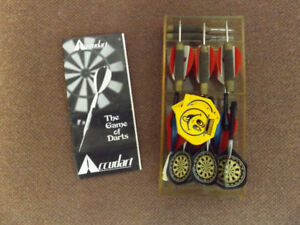 Accudart. The game of Darts. Vintage 1976.